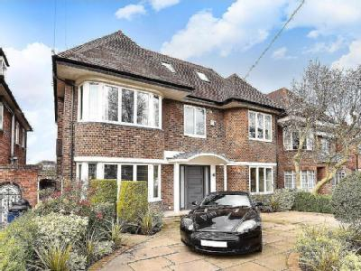 Parklands Drive, Finchley, N3