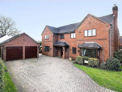Burntwood Road, Hammerwich - Detached