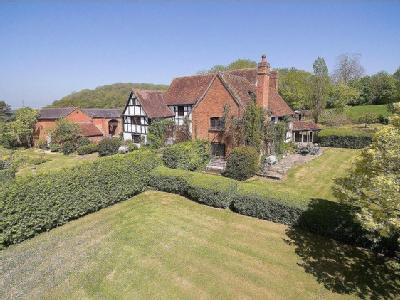 House for sale, Warwickshire - Listed
