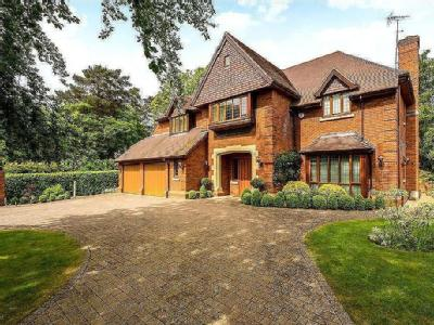 Heath Close, Virginia Water, Surrey, GU25
