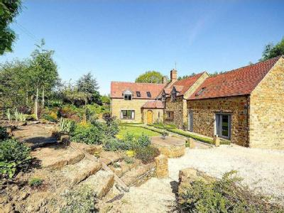 House for sale, Williamscot - Listed