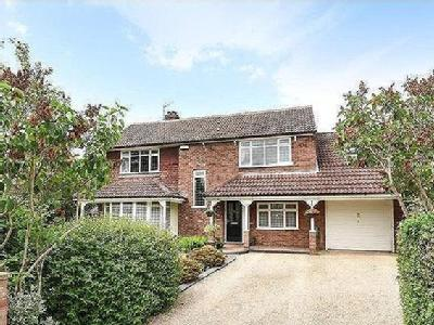 Darlow Drive, Biddenham - Detached