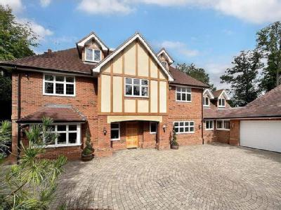 Whichert Close, Knotty Green, Beaconsfield, HP9