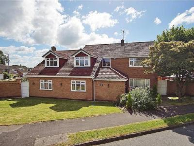 House for sale, Burbage - No Chain