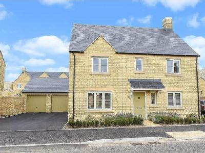 House for sale, Fairford - Detached