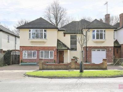 Houndsden Road, Winchmore Hill
