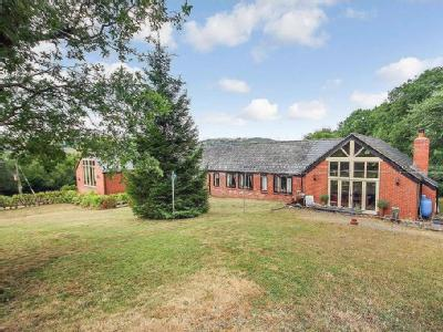 House for sale, Llanfyllin - Detached