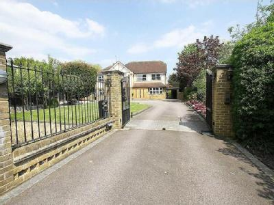Noak Hill Road, Billericay - Garden