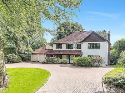 Ricketts Hill Road, Tatsfield, Surrey, TN16