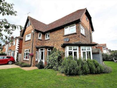 Whitby Road, Ipswich, IP4 - Detached