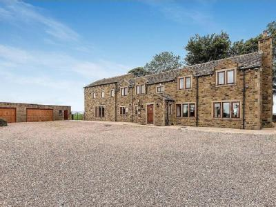 Keighley WEST YORKSHIRE - Detached