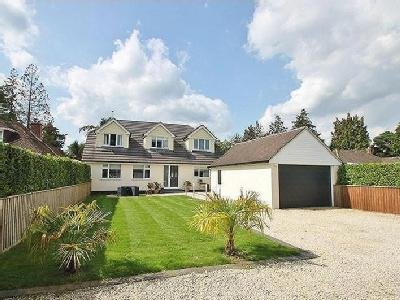 Manor Road, Verwood - Detached