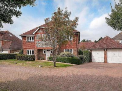Cleeve Court, Kings Hill, West Malling