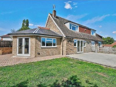 Lower Road, Postcombe - Detached
