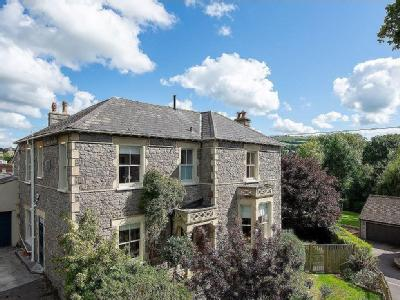 Period home in Winscombe - Detached
