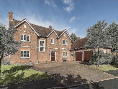 Alderbrook Road, Solihull - En Suite