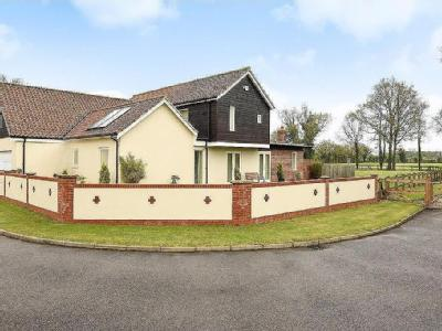 House for sale, Shropham - En Suite