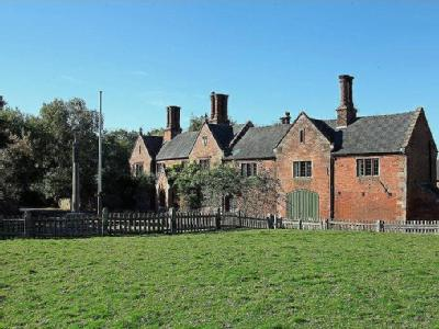 Oldfield House, Snelston, Ashbourne, Derbyshire DE6