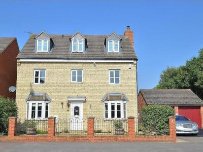 Mallards Way, Bicester - Detached