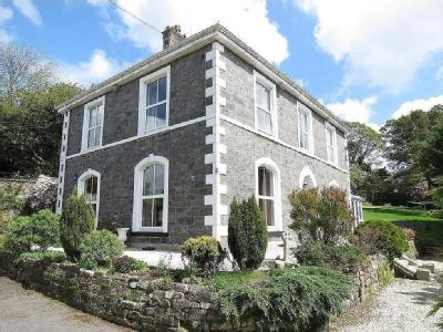 South Street, St. Austell - Detached