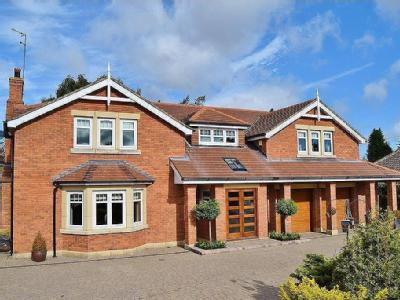 Middle Drive, Darras Hall, Ponteland, Newcastle upon Tyne, NE20