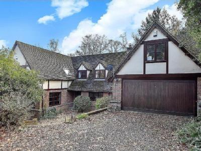 Hocombe Drive, Chandler's Ford, Hampshire, SO53