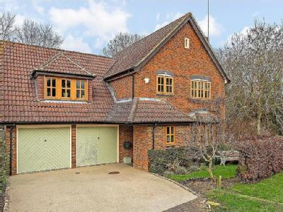 House for sale, Wendover - Reception