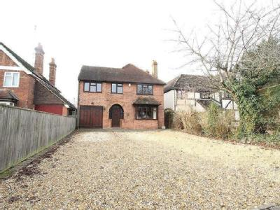 Butts Hill Road, Woodley, Reading, Berkshire, RG5