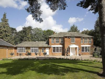 Coombe Hill Road, Kingston upon Thames, Surrey, KT2
