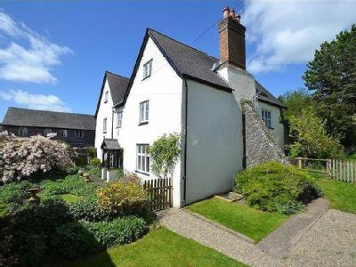 High Street, Clun - Listed, Detached