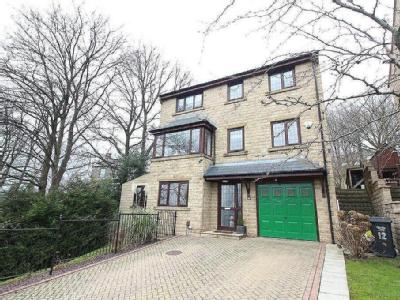 Stratton Close, Brighouse, HD6