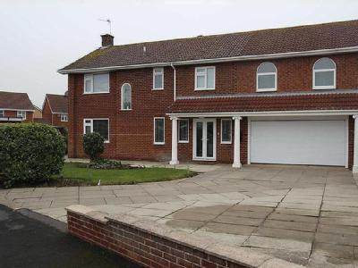 Lyth Close, Bridlington, East Yorkshire, YO16