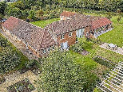 Rowe Farm, Long Bennington, NG23