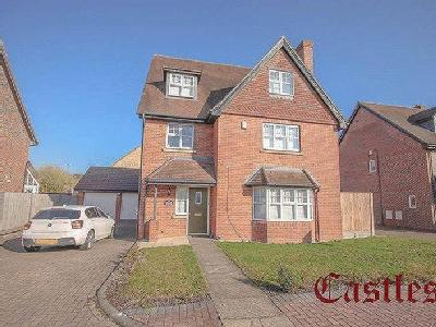 Deer Park Way, Waltham Abbey, EN9