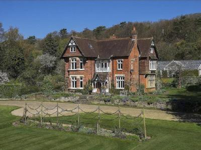 Pilgrims Way, Westerham, Kent, TN16