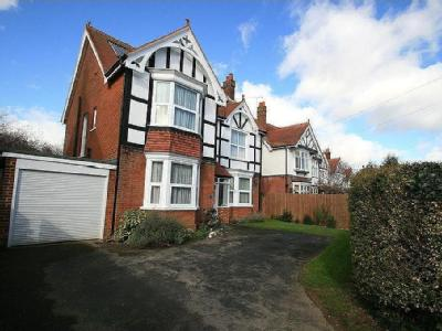 Bellair Road, Havant, Hampshire, PO9