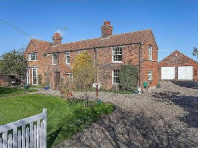 House for sale, Bacton - Detached
