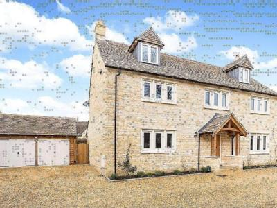 Fayre Court, Milton Street, Fairford, GL7