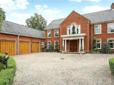 Badgers Hill, Wentworth, Virginia Water, Surrey, GU25