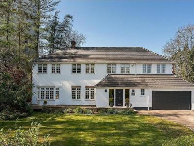 Tower Close, Berkhamsted - Detached
