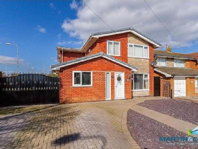 Formby Avenue, Rossal - Detached