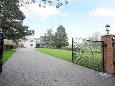 Holly Lane, Balsall Common, Coventry