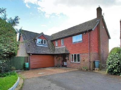 Fir Tree Close, Hildenborough, Tonbridge