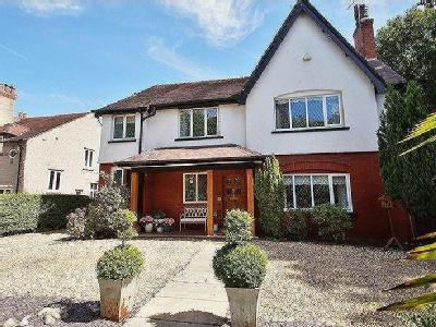 Bankfield Lane, Southport - Detached