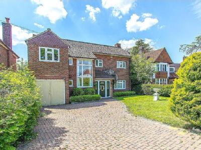 10 properties for sale in sanderstead from hubbard torlot nestoria rh nestoria co uk