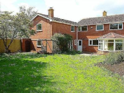 5 bedroom detached house with annex