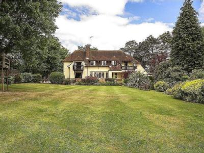 Chipperfield Road, Kings Langley, Hertfordshire, WD4