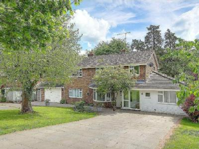 Penfold Way, Steyning, West Sussex, BN44