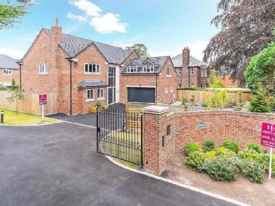 Vyner Road South, Prenton - Detached