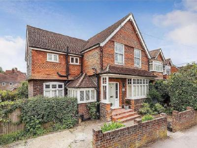 St Christopher's Road, Haslemere, Surrey, GU27